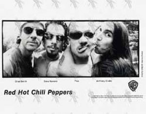 RED HOT CHILI PEPPERS - 'One Hot Minute' Promo Photograph And Media Info Interview - 1