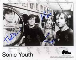 SONIC YOUTH - Black And White Promo Photograph - 1