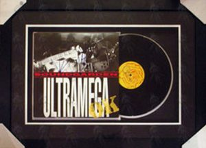 SOUNDGARDEN - Custom-Framed Autographed 'Ultramega Ok' Vinyl - 1